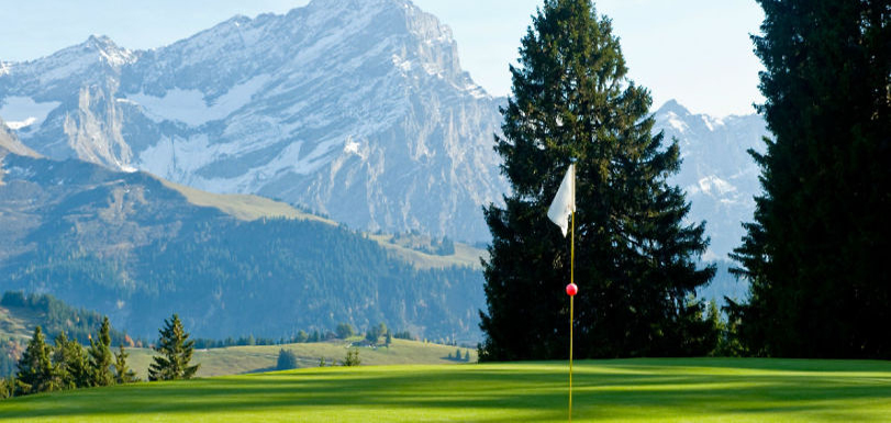 golf-green-mountains